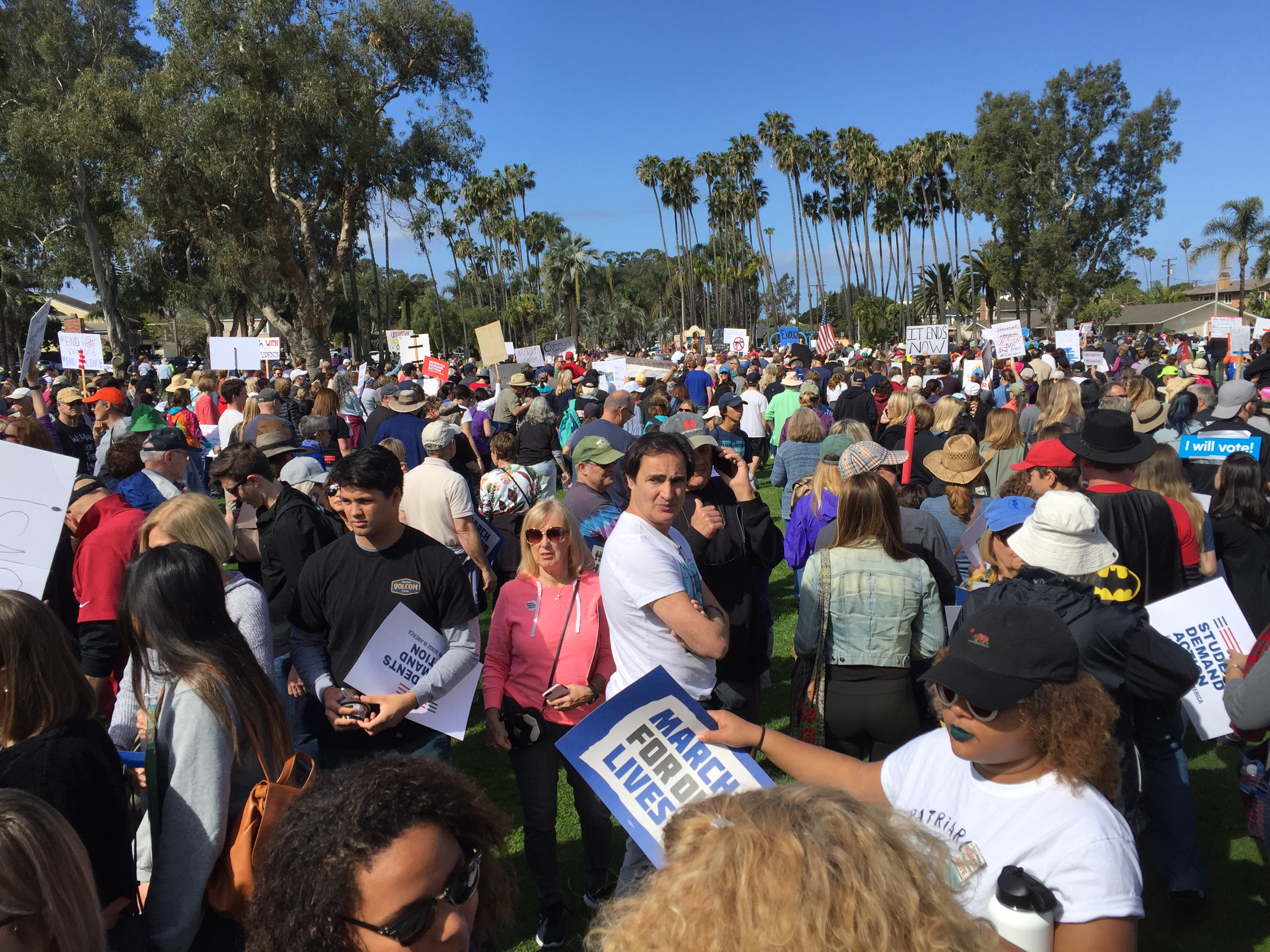 2018-3-24 AM March for Our Lives, Huntington Beach 11 - Park Start