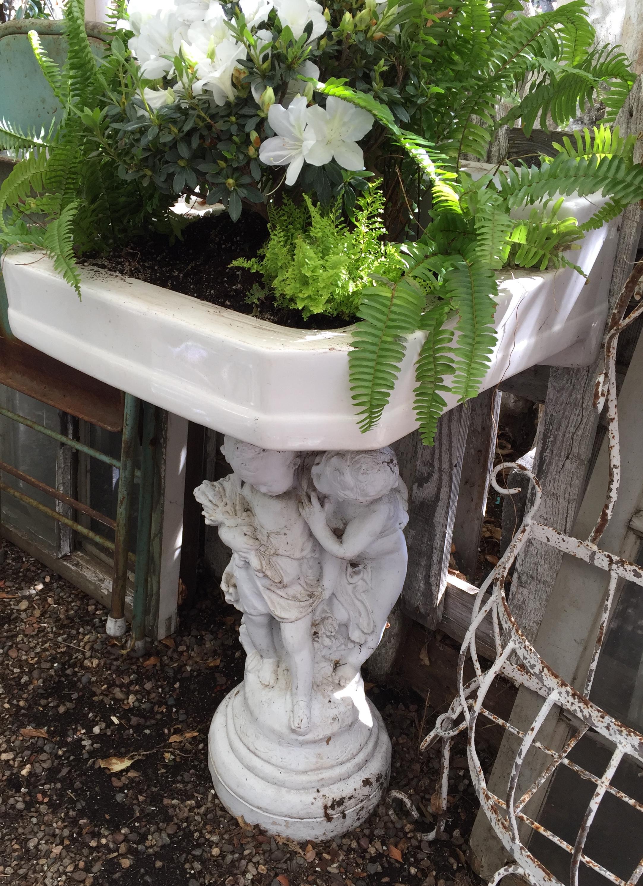 Old Sink Planter - Orange 2018-3-9